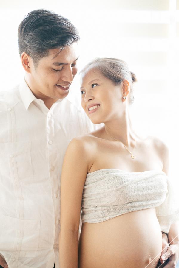 12 natural light maternity pregnancy portrait-kakin-4000