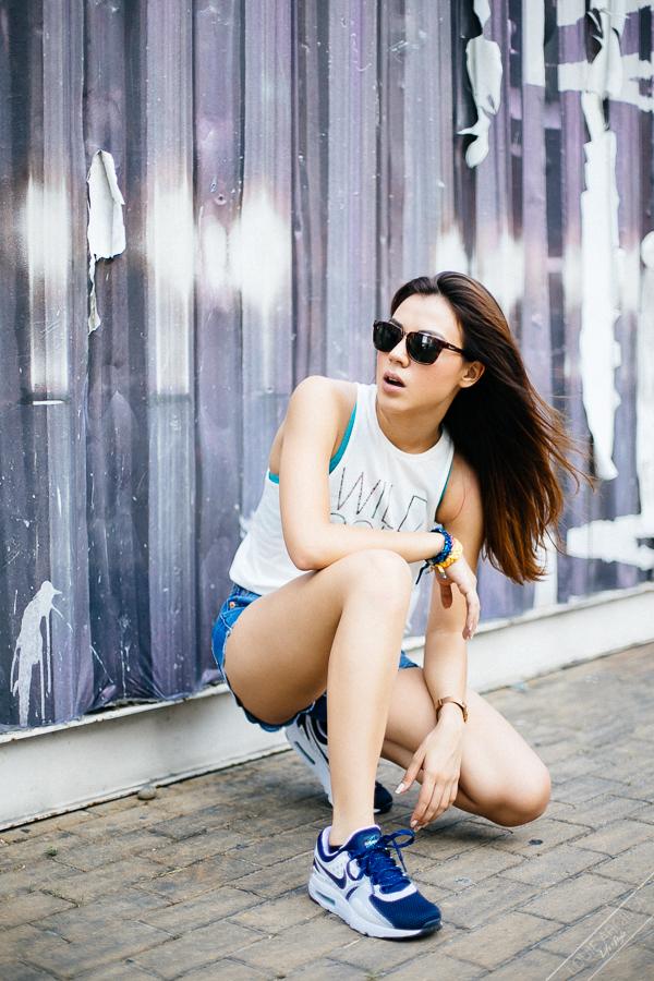 7 Carla Dunareanu fashion lifestyle natural light urban portraits-9962
