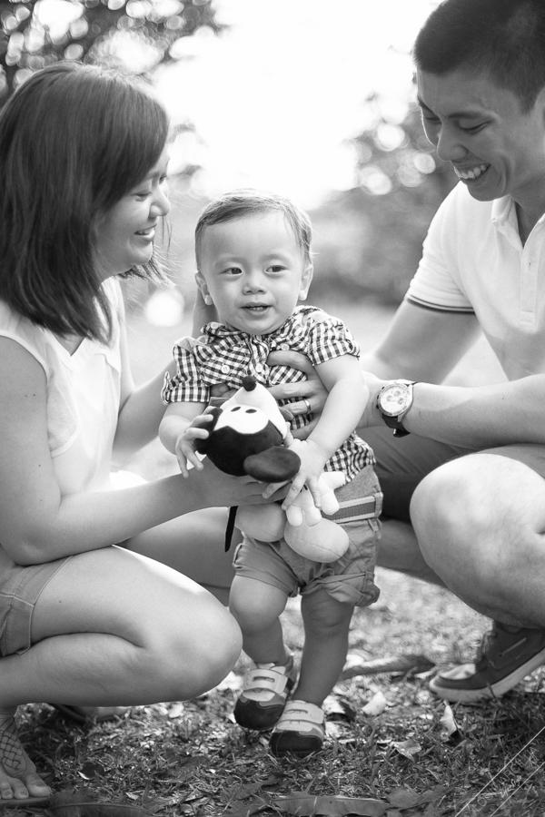 lim family outdoor park portraits-0879