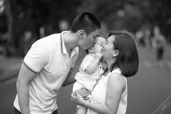 lim family outdoor park portraits-1341
